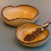turned-wooden-beautiful-bowls
