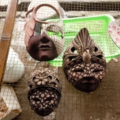 batik-wooden-masks-drying-after-boiling-1