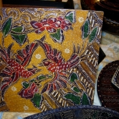 batik-wooden-plate