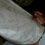 batik-chanting-work-done-with-precision